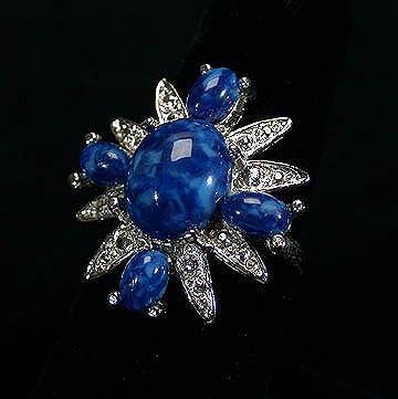 Sarah Coventry Anniversary Ring
