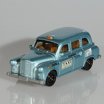 Matchbox MB667 2004 London Taxi Blue