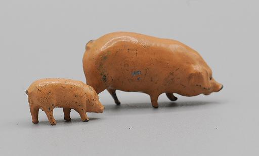Britains Brown Pig and Piglet