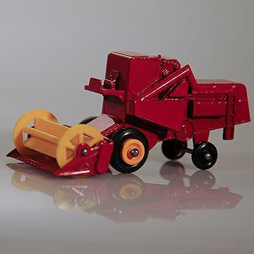 Vintage Lesney Class Combine Harvester #