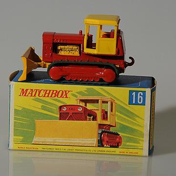 Vintage Lesney Matchbox 16D Case Tractor MIB