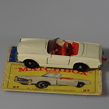 Vintage Lesney Matchbox 27D Mercedes Benz 230SL