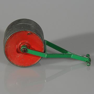 Vintage Diecast Dinky Garden Roller